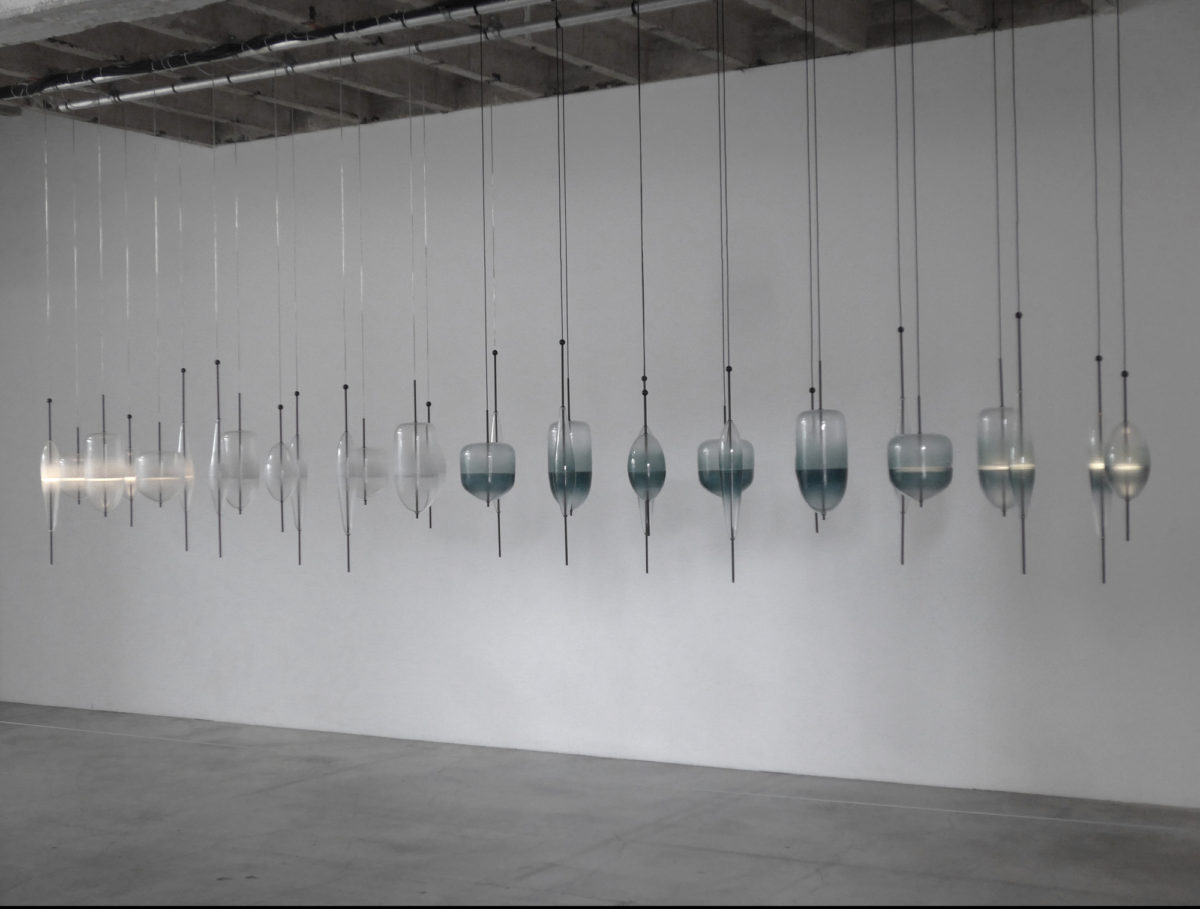 NaoTamura_Horizont01, NAOTAMURA, installation, WonderGlass, blowing glass, lighting, d'daysparis, Palaisdetokyo, Paris, France, Venice, 田村奈穂、田村なお、デザイナー、照明、インスタレーション、ニューヨーク, nao tamura, NewYork designer, NYC, Female designer